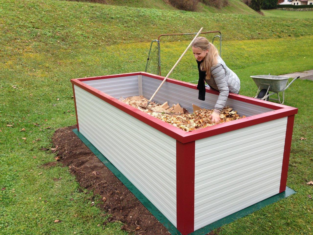 hochbeet dach hochbeet mit dach garten pinterest garten gardens and garden ideas garten und. Black Bedroom Furniture Sets. Home Design Ideas