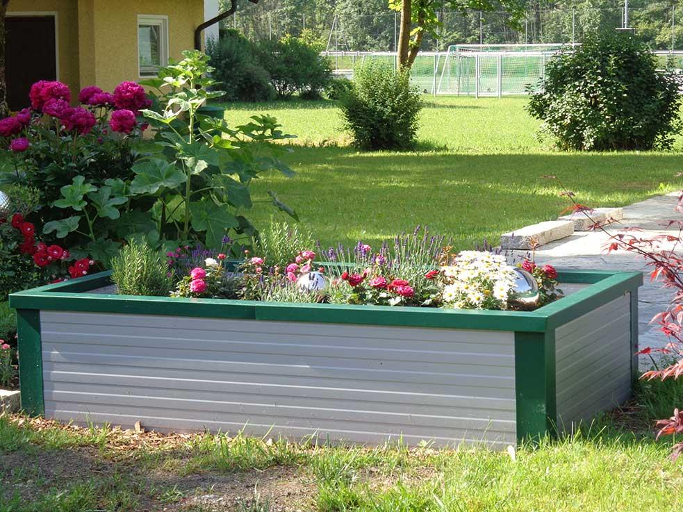 startseite exklusive hochbeete f r ihren traumgarten. Black Bedroom Furniture Sets. Home Design Ideas